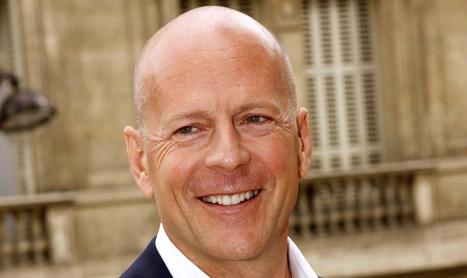 Bruce Willis impotriva unui glont