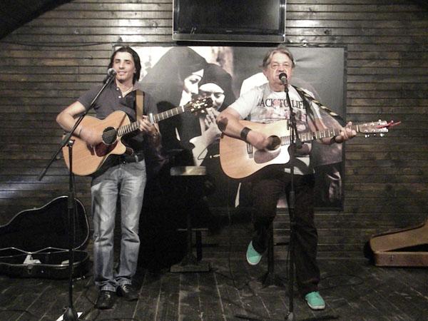 Mircea Vintila si Jul Baldovin au cantat pentru pacatosi