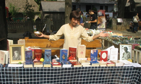 "Carmen Musat Coman: ""Am readus-o pe Amita Bhose pe locul cuvenit in cultura romana"""