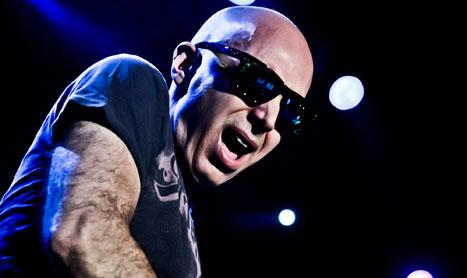 Joe Satriani vine in Romania pe 20 mai