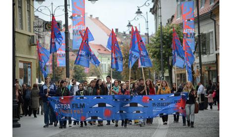 Fii voluntar la Astra Film Fest!