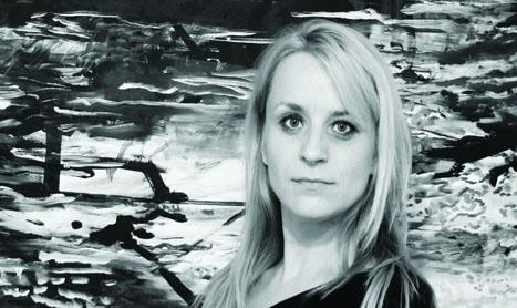"""Noir"": expozitie de pictura Daniela Zbarcea"