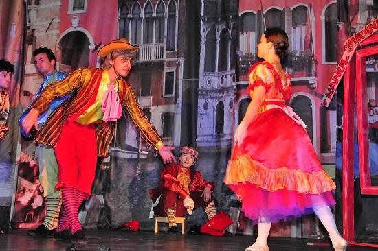 """Mirandolina"" ii asteapta pe copii la Opera Comica"