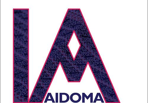 "Expozitie de camasi romanesti: ""IA AIDOMA"""