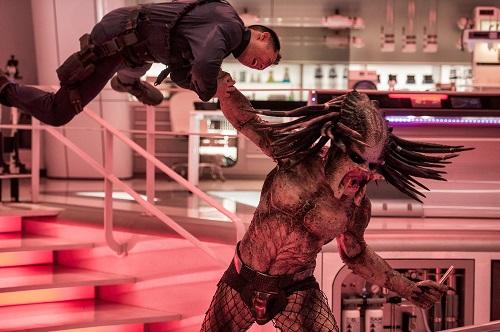 """""""Predator"""", vânător… și mai rimează ceva, dar cred că e spoiler :)"""
