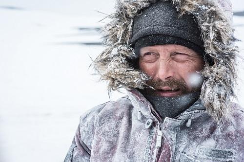 """""""Arctic"""" intră în cinematografe pe 3 mai"""