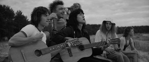 """""""Leto / O vară rock'n'roll"""" are premiera în cinematografe pe 12 aprilie"""
