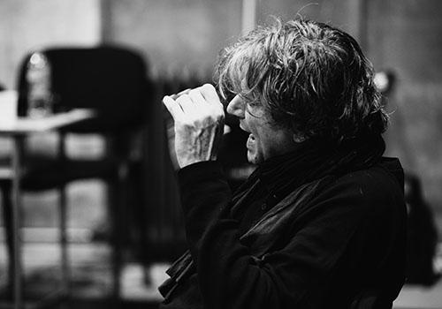 """Premieră la teatrul """"Stela Popescu"""", în regia lui Alexander Hausvater"""