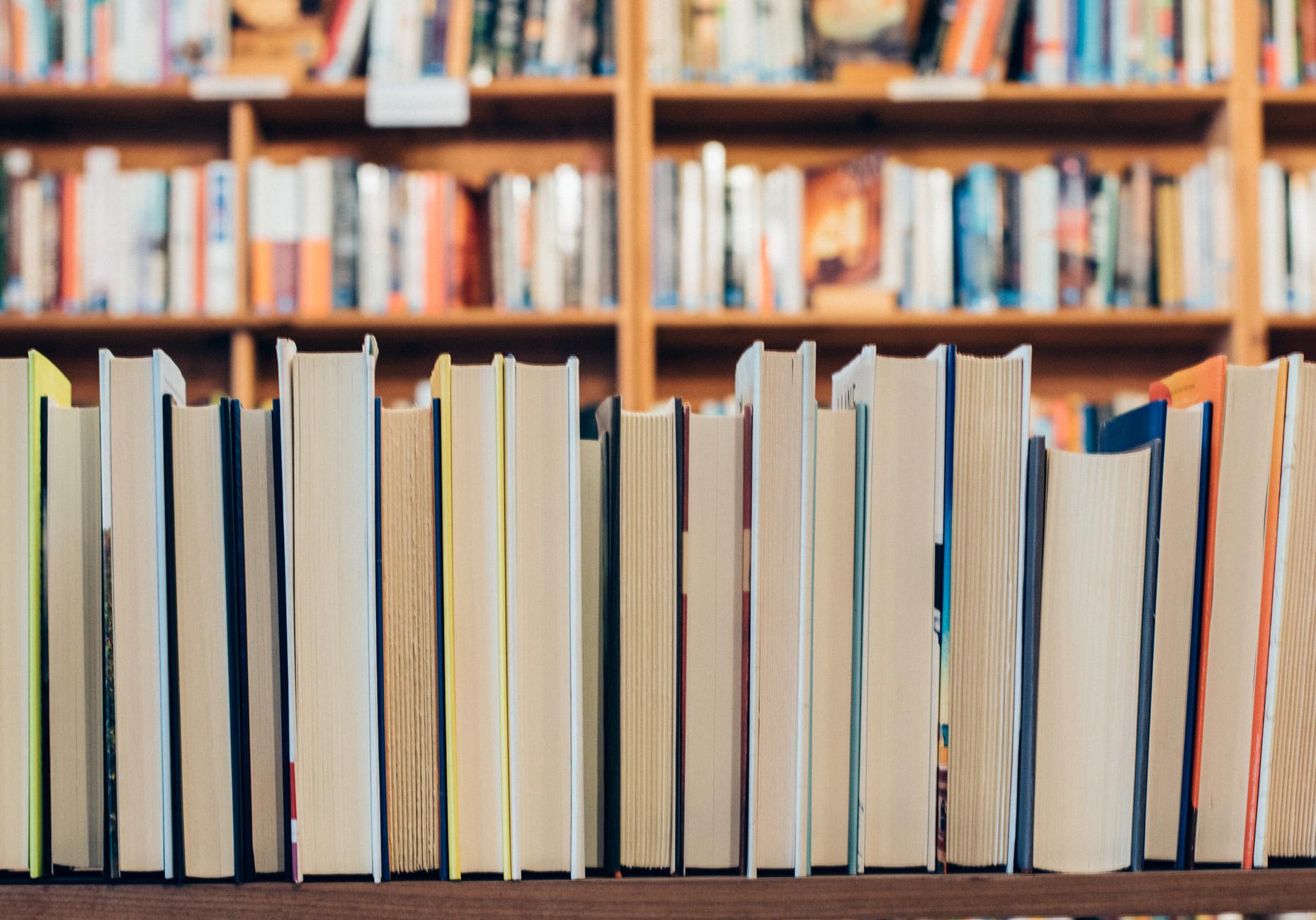 10 cărți noi de la 10 edituri