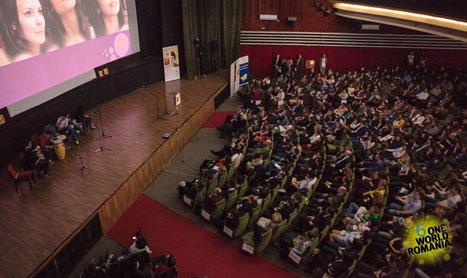 Karma buna, angajament si dedicare la Saptamana One World Romania