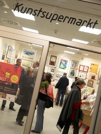 Supermarket de arta la Viena: 90 de artisti si peste 5.000 de lucrari