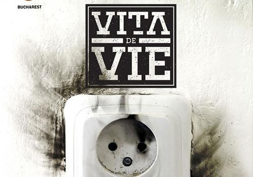 Vita de Vie canta acustic in Hard Rock Cafe