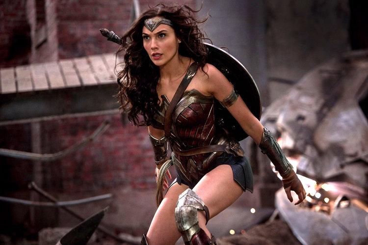 "Cand gratia si curajul se impletesc, se naste ""Wonder Woman"""