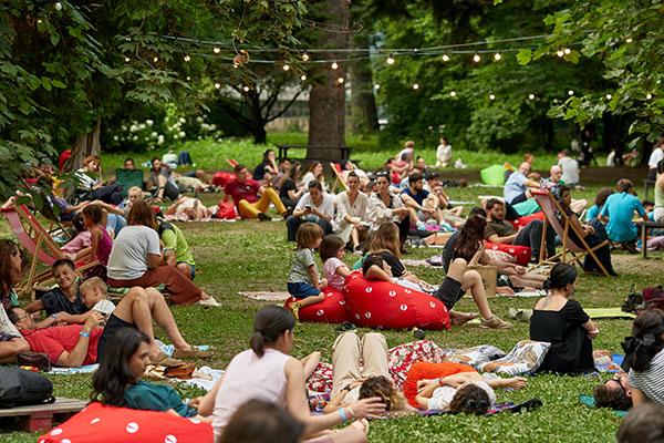 Weekend Sessions continuă la Grădina Botanică din București