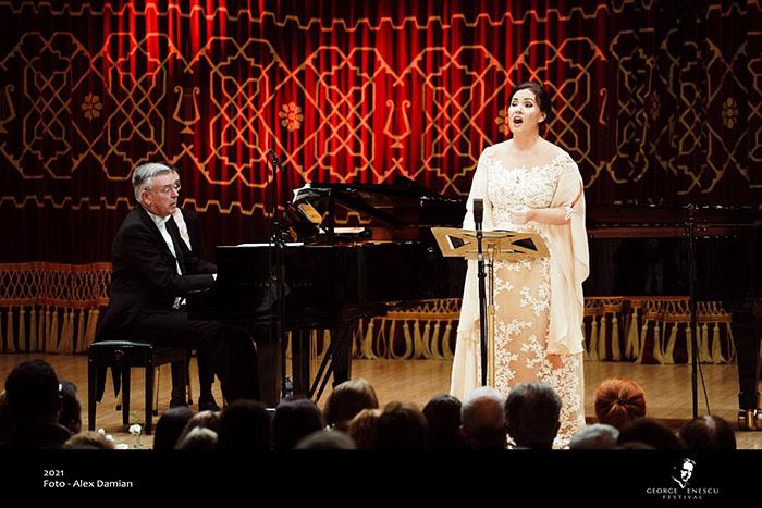 Festivalul Enescu: Sonya Yoncheva și Malcolm Martineau într-un recital încântător la Ateneu